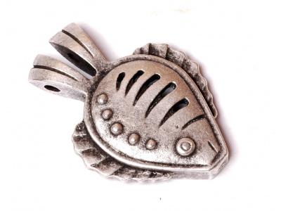 kovový přívěšek