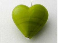 přívěšek srdíčko-vinutka, barva kiwi
